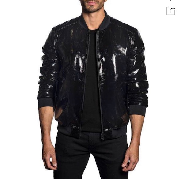 Men's Jared Lang paid $600 size XXL (fits like XL) Patent Leather Bomber jacket. Excellent condition never worn! Great jacket dd9d8826-e769-4730-b9b2-fb9a8f1e3b1a
