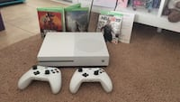 Xbox One with games and 2 controllers Arlington, 22206
