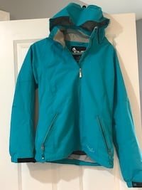 Liquid ski jacket size small Surrey