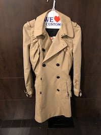 Burberry trench coat - as worn by Emma Watson Toronto, M3M 2B6