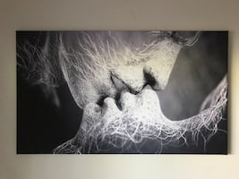Print on canvas.Kiss