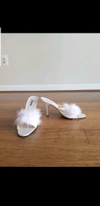 Feathered Heels in Size 8 Lorton