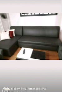 Leather sectional couch sofa Mississauga, L5W 1G8