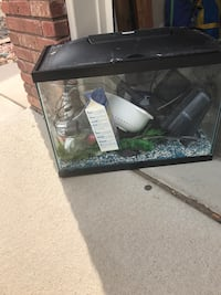 25 gallon black fish tank Fort Collins