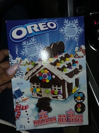 Oreo Cookie Christmas House Mississauga, L5M 6M5
