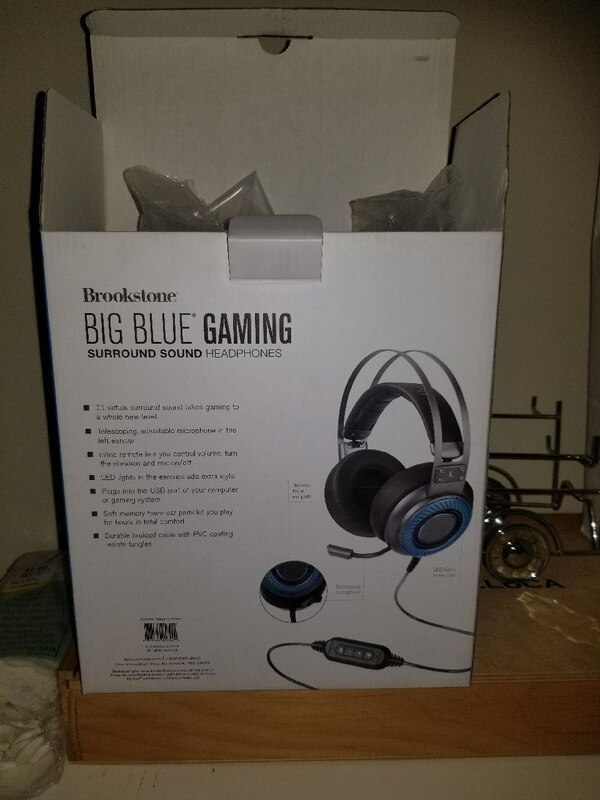 e080f9678bc822 HomeElectronics SouthingtonUsed black and blue Beats Solo 3 wireless  headphones box for sale in Southington