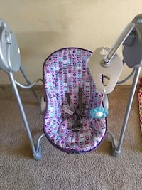 baby's white and blue swing chair Stockton, 95209