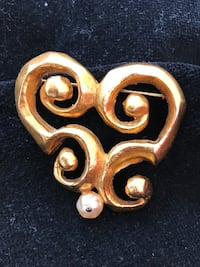 CHRISTIAN LACROIX VINTAGE HANDCRAFTED ABSTRACT PIN BROOCH....AUTHENTICITY STAMP ON BACK...NEVER WORN....ABSOLUTELY FLAWLESS AND VERY GORGEOUS