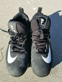 Youth Football Cleat Cerritos