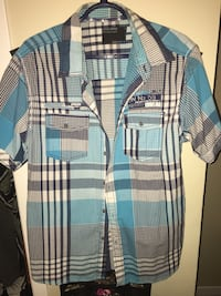 Men's blue and gray button-up short-sleeved dress shirt