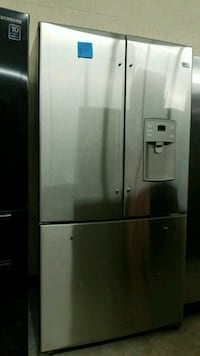 G.E PROFILE  french doors s /S Refrigerator.. Laurel, 20707