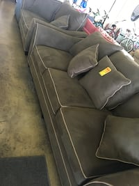 Gray 3-seat couch and loveseat