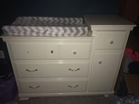 Baby dresser with changing pad included Purcellville, 20132