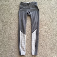 Reversible Lululemon Leggings  Calgary, T3M 0X4
