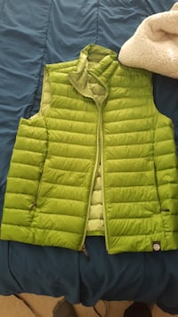 REI Light Weight Puffy Vest RESTON