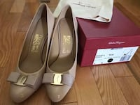 Salvatore Ferragamo Platform Pump with Vera Bow Fairfax, 22033