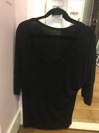black scoop-neck long-sleeved black top Toronto, M6B 2N2