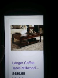 Coffee table set broyhill