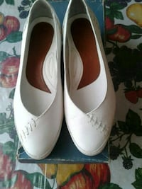 Wome'n shoes size 5.5 used in good condition  Las Vegas, 89107