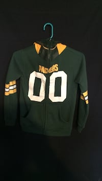 Youth size 8 green bay packer hoodie zip up West Allis, 53214