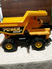 Vintage Fisher Price Power Dump Truck.  Whitby, L1P 1A2