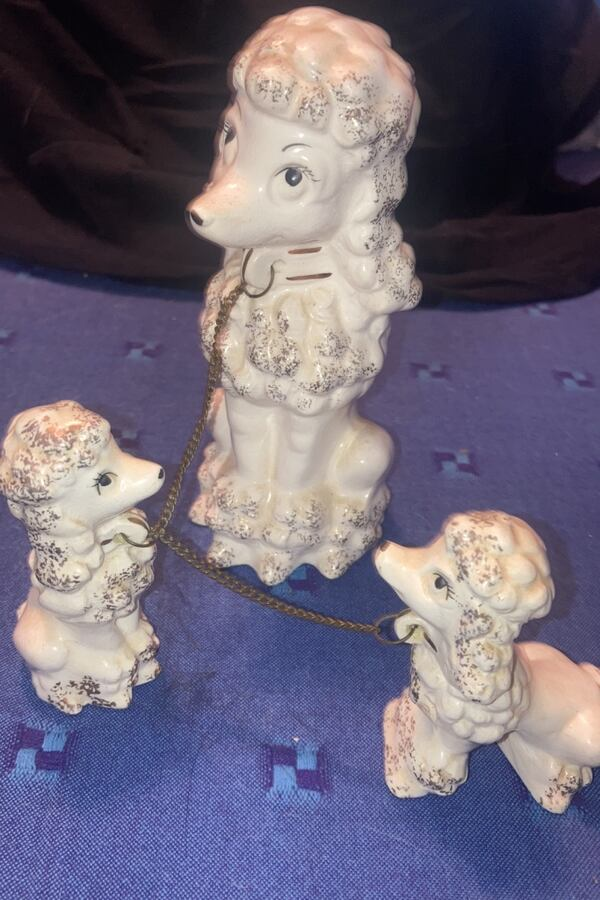 Vintage Poodles Ceramic very good condition.  $15. ca1ad8a2-9977-4a32-940f-cf92aa5addcd