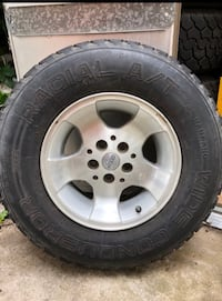 Set of 5 Original Wheels and Like New Tires
