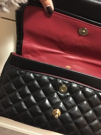 Medium double flap Chanel  Langley, V3A 5G2