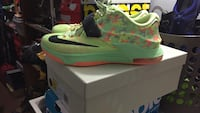 Easter Edition size9 Coquitlam, V3K 1N6