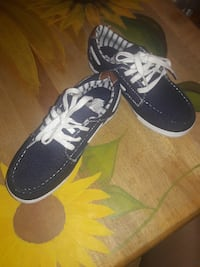 Boys Shoes size 2 Spring