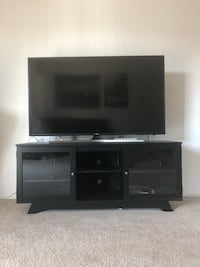 Samsung 6 series, 55-inch 4K TV, with table shelf. Tinley Park, 60477