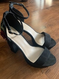 Charlotte russe shoes size 10