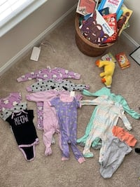 baby's assorted-color clothes lot 35 mi
