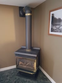 FREE STANDING GAS FIREPLACE (MAJESTIC)