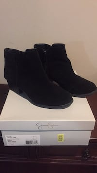 pair of black suede wedge booties with box Woodbridge, 22193