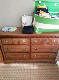 brown wooden 6-drawer lowboy dresser Hoffman Estates, 60169