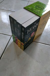 hobbit & Lord of the rings box book set Mississauga, L5N 8M9