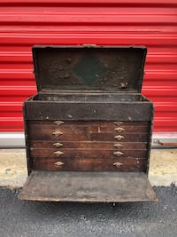 black wooden 3-drawer chest Asbury Park, 07712