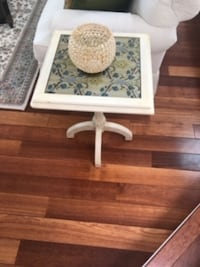 White Decor Side Table null