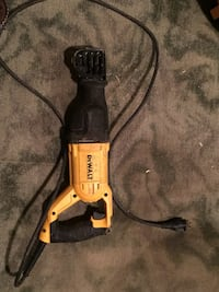 black and yellow dewalt reciprocating saw Vancouver, V5M 2C2