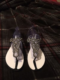 Pair of white leather sandals Panama City, 32405