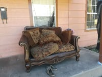 brown and black floral fabric sofa Lubbock, 79411