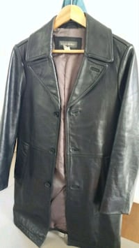 Small 3/4 length leather jacket Vancouver, V6B 2G3