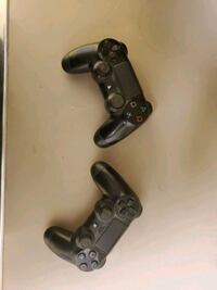 PS4 Dualshock Controllers