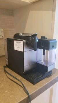 Nespresso machine works perfectly Thornhill, M2M