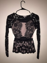 Black and white floral long-sleeved blouse Tucson, 85706