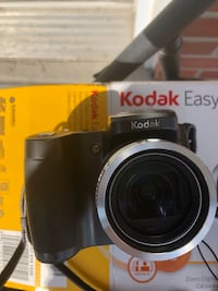 Camera Kodak. Brand new with box. Never used Montréal, H4M 2Y8