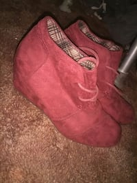 Red wedges 6 Fresno, 93726