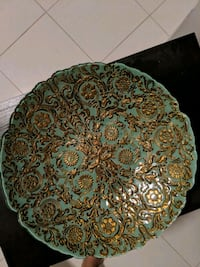 Decorative bowls/ plate with elegant design  Hamilton, L8E 5C7