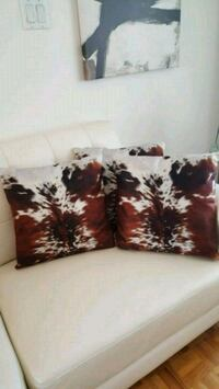 Throw pillow case  Montréal, H4R 2B7